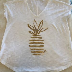 EUC Lilly Pulitzer Colie Tee - Gold Pineapple